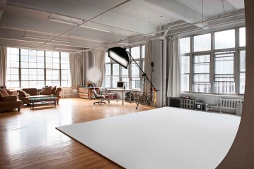 <h5>Studio</h5><p>2200 sq. ft. In the heart of downtown</p>