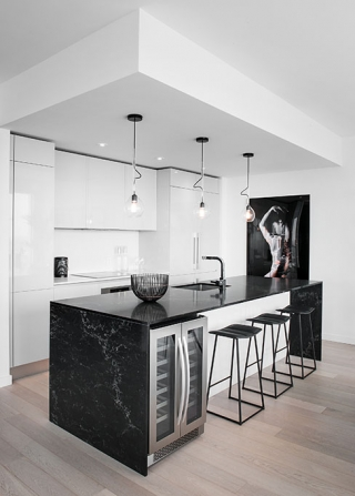 <h5>Photographs of kitchens</h5><p>Photos done for kitchen designers, decorators and magazines</p>